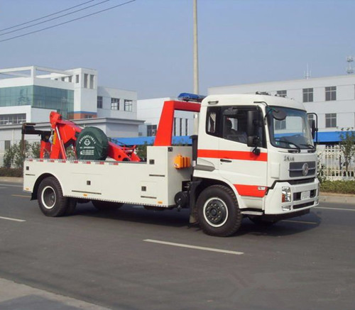 救援车自动变速箱维修:耸车现象